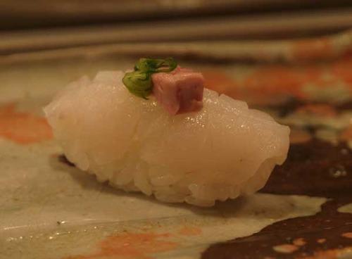 松江市内『大鯛寿司』の十二かん、その四団扇剥/ウスバハギ